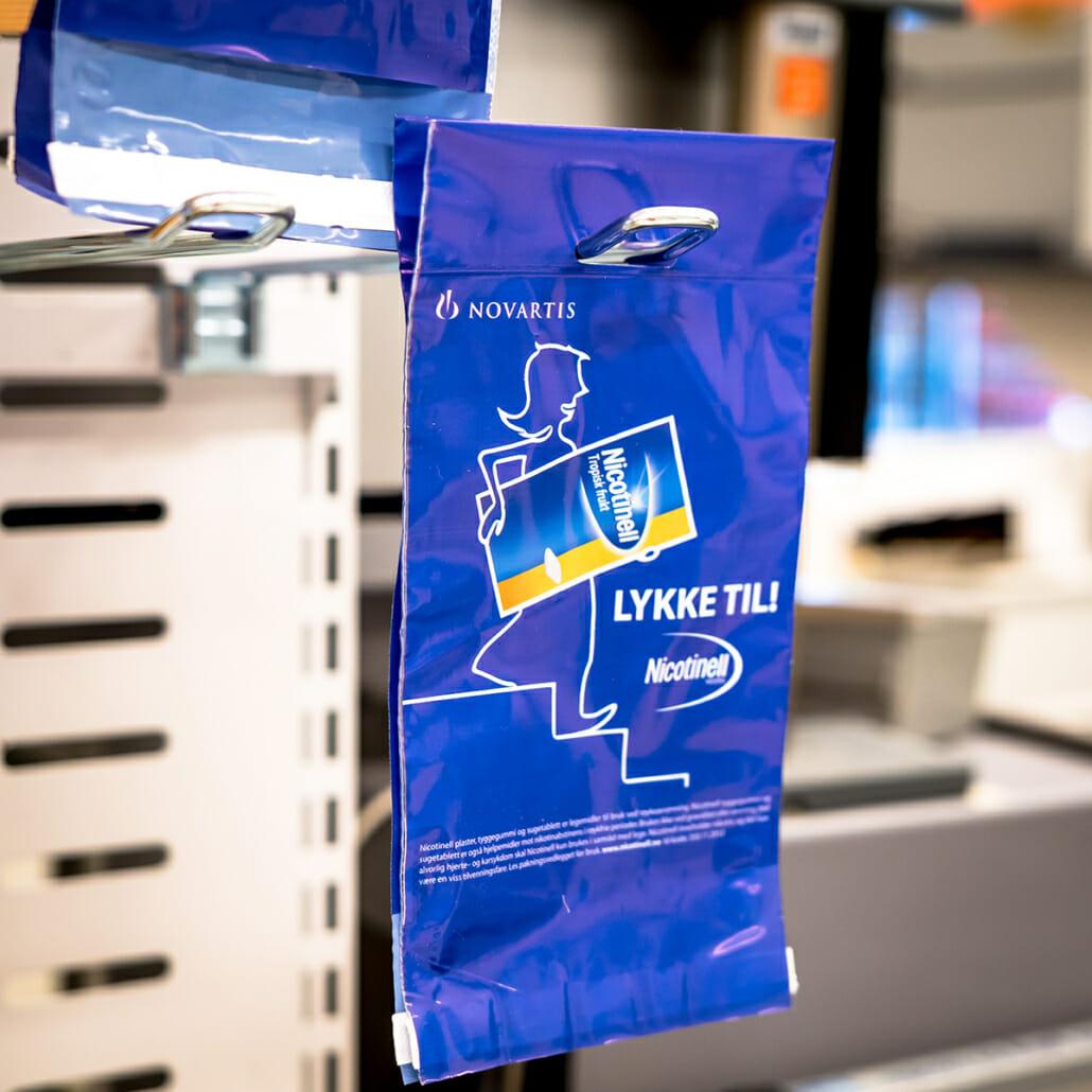 Euro slot Opphengposer med trykk   Poser   SKG - Spesialister innen profilert emballasje