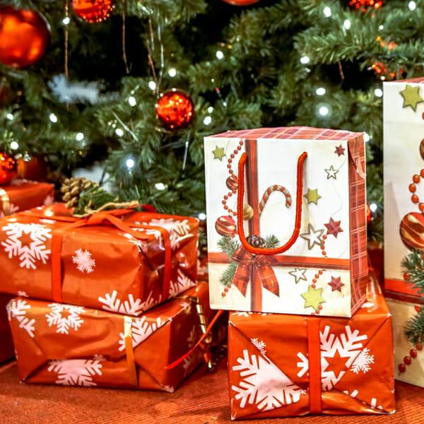 Gaveeske jul med polkagris og sløyfe | nettbutikk fra lager | SKG - Spesialister innen profilert emballasje
