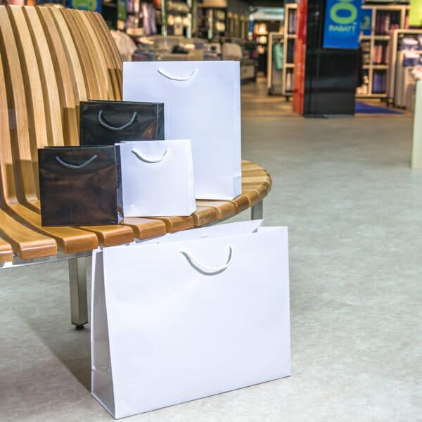 Eksklusive papirposer uten logo   Nettbutikk   Kort levering på 2-3 dager fra lager